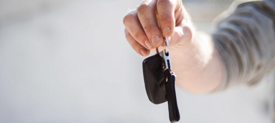 Een auto of een website kopen, wat is het verschil?